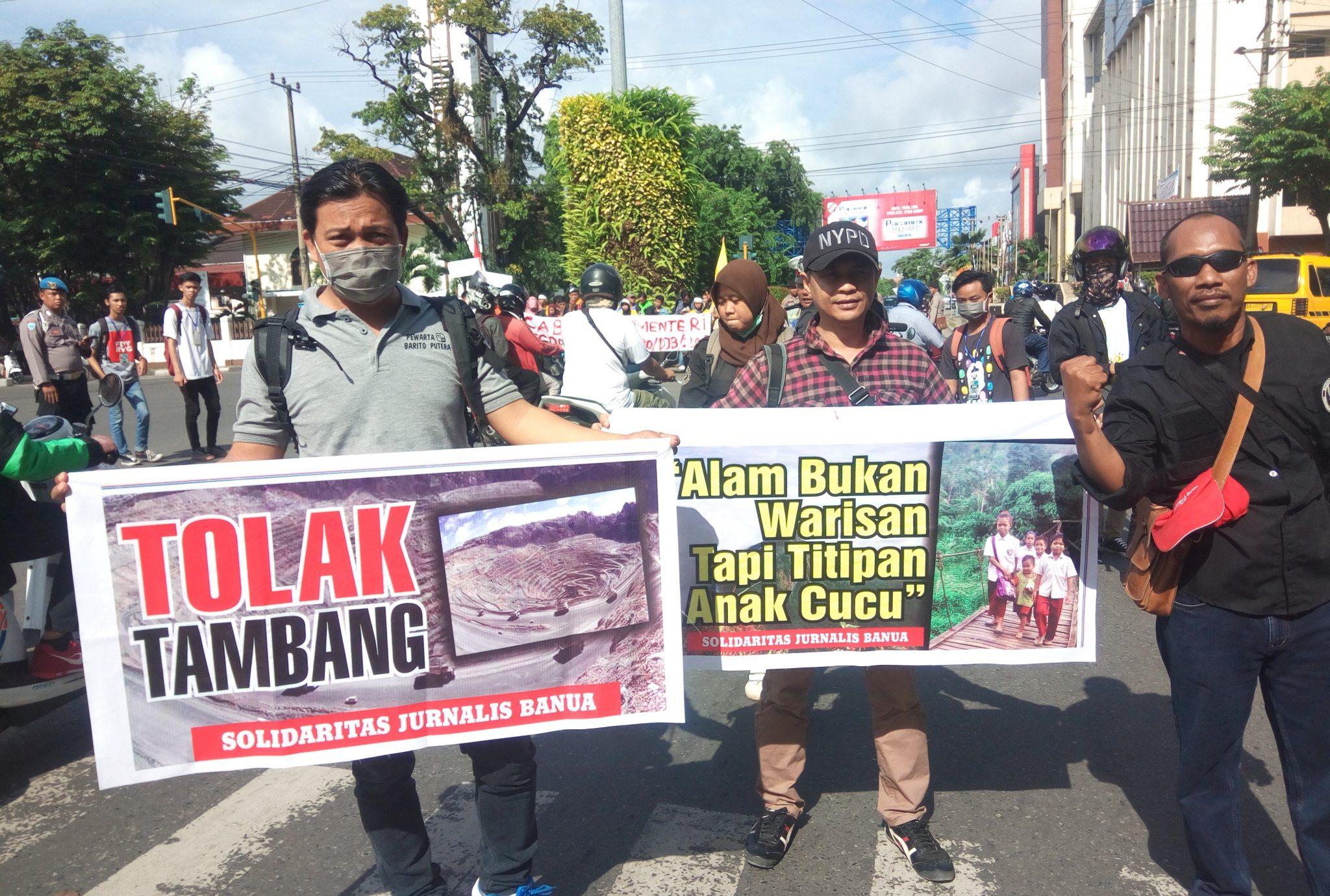 Tolak Tambang Meratus, Masyarakat Kalsel Kirim Uang Receh ke Menteri ESDM