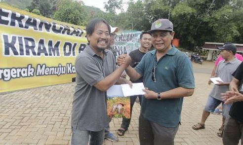 Foto Karya Pimpred Wartaniaga.com Borong Piala Gubernur