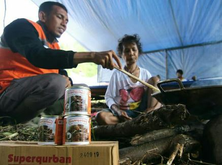 Qurban Anda Jadi Stok Pangan Korban Gempa Lombok