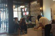 Sky Bar Café Pertama Untuk Pengusaha