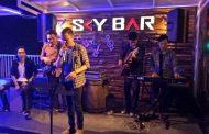 Sky Bar Hadirkan Live Music
