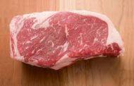Bulog : Daging Beku Lebih Murah, Halal dan Sehat