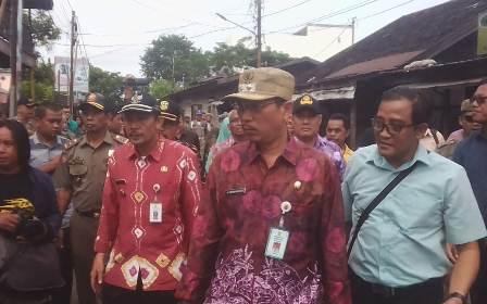 Eksekusi Bangunan di Depan RS Sultan Surianyah Ditunda