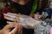 Rabi Siapkan Layanan Henna dan Tata Rias Pengantin