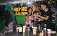 Siti Hairiyah Seduh Kopi Ala Chef