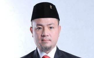 'Kandang Banteng' Memanas Suyato Bantah Curi Start