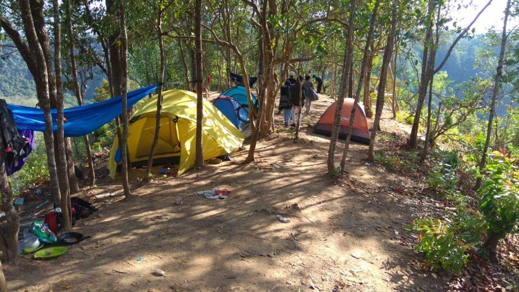 Tebing Tiwingan, Pilihan Tepat Wisata Akhir Pekan
