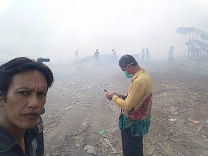 Sudah 23 Jam, Kebakaran Lahan Limbah PT. SWA Belum Padam