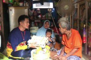 Kelurahan Belitung Utara Bagikan Sembako Gratis