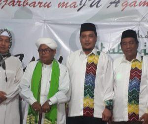 Tablig Akbar Guru Bahran Jamil Dihadiri Aditya-Iwan