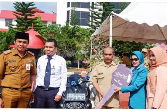Bank Kalsel Berikan Hadiah 2 Unit Kendaraan Pada Nasabahnya