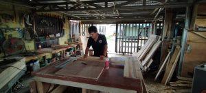 Cerita Mamat, Pengolah Kayu Belanda Menjadi Furniture