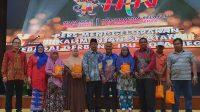 Bulog Dan PWI Bagikan Paket Sembako Di Hari Pers Nasional