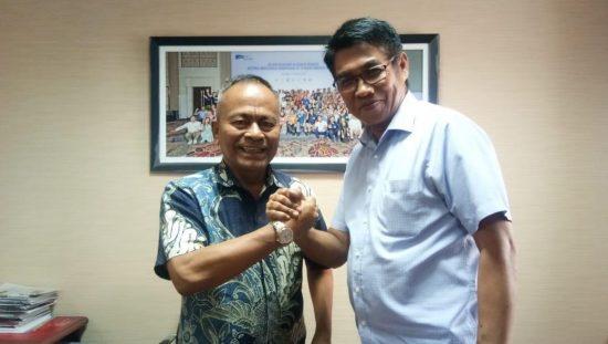 Ketua PWI Pusat, Atal S Depari bersama Mahmud Marhabah
