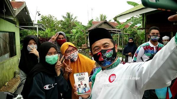 Warga di Kelurahan Teluk Dalam, Dukung Gerakan Seribu Tumbler Ibnu Sina