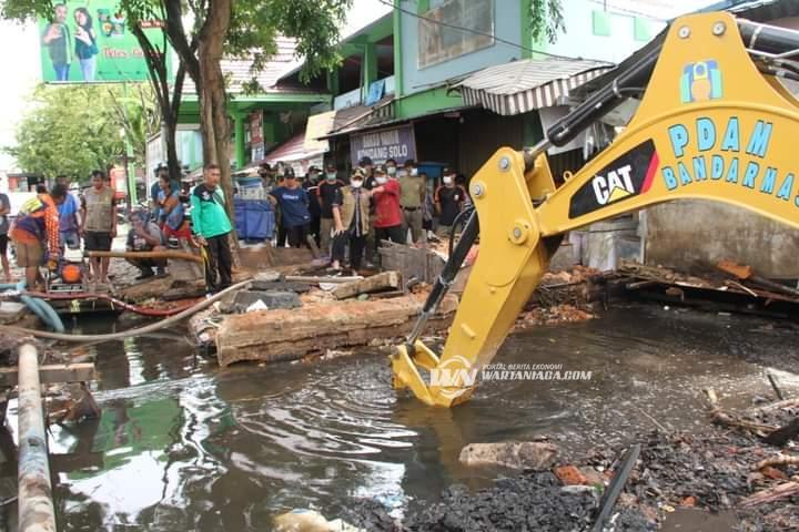Imbauan Kepada Masyarakat Agar Tak Buang Sampah ke Sungai Masih Lemah